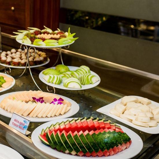 Buffet tối Sen Xanh cao cấp gần 300 món đẳng cấp Á Âu