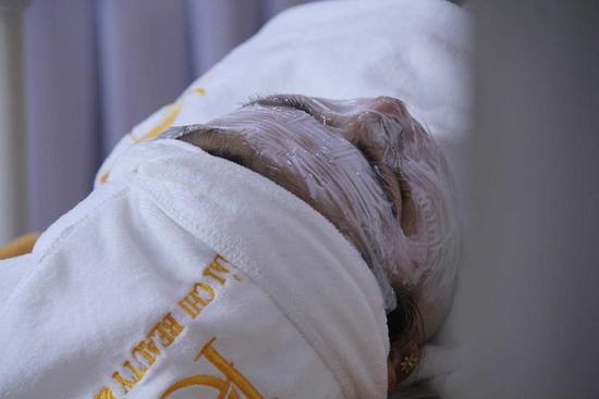 Cấy tinh chất căng bóng trắng sáng trẻ hóa da tại Viện Thẩm mỹ Hải Chi Beauty & Clinic