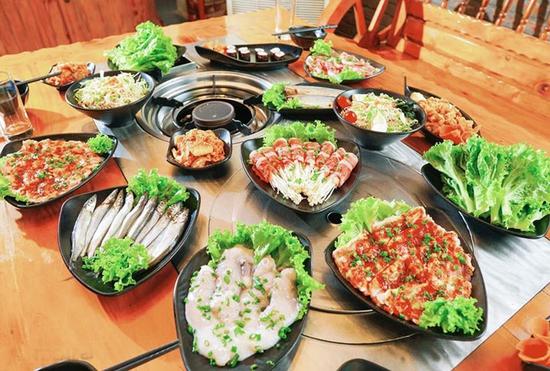 Buffet Nướng Hàn Quốc ăn không giới hạn Tại Nhà Hàng Moon BBQ