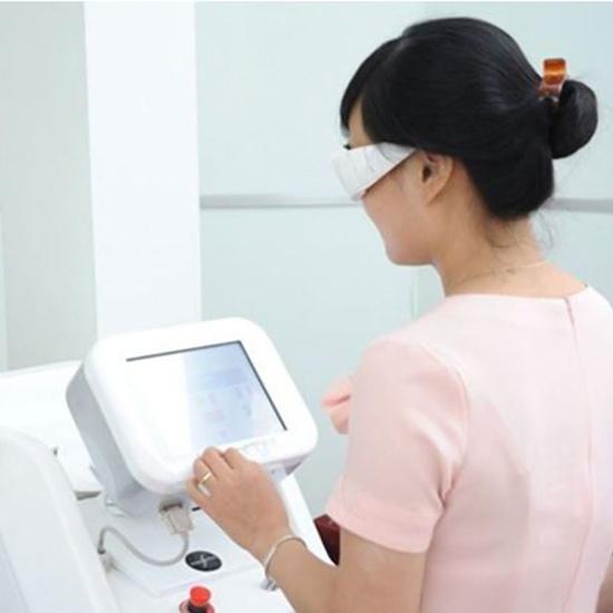 Triệt lông vĩnh viễn công nghệ Elight Và OPT tại Dermaclinic