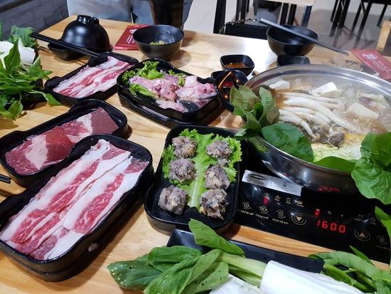 Buffet lẩu bò Mỹ + hải sản chỉ 129K ăn không giới hạn tại Buffet Lẩu T12