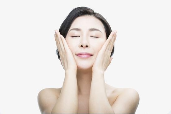 Ủ trắng mặt 5D thần thánh, chống nắng hè tại Trang Beauty & Spa
