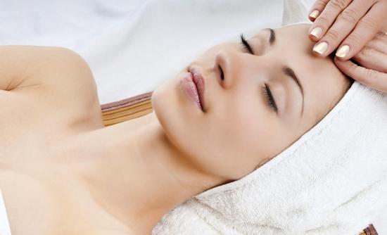 Chăm sóc da, massage hạch bạch huyết ngăn ngừa đột quỵ, cảm cúm, lưu thông mạch máu-Trang Beauty Spa