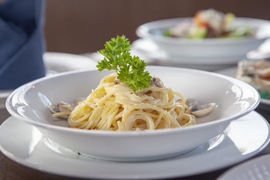 Combo Hải sản tổng hợp ngon hấp dẫn cho 2 người tại Nhà hàng PANORAMA