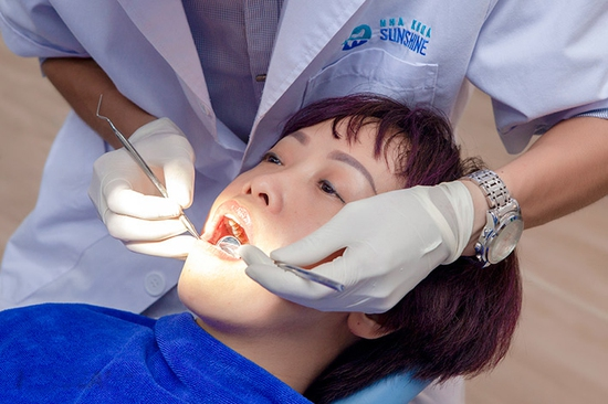 Combo Lấy cao răng + Đánh bóng + Tư vấn vệ sinh răng miệng tại Nha Khoa Thẩm Mỹ SunShine