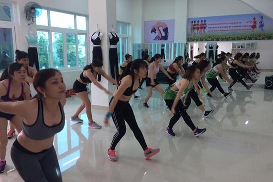 Khóa học Zumba 1 tháng dành Cho Người Lớn tại Trung tâm Yoga & Dance Âu Việt