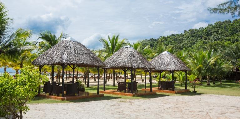 Chez Carole Resort Phú Quốc 4* 2N1Đ - Phòng Deluxe Bungalow River View