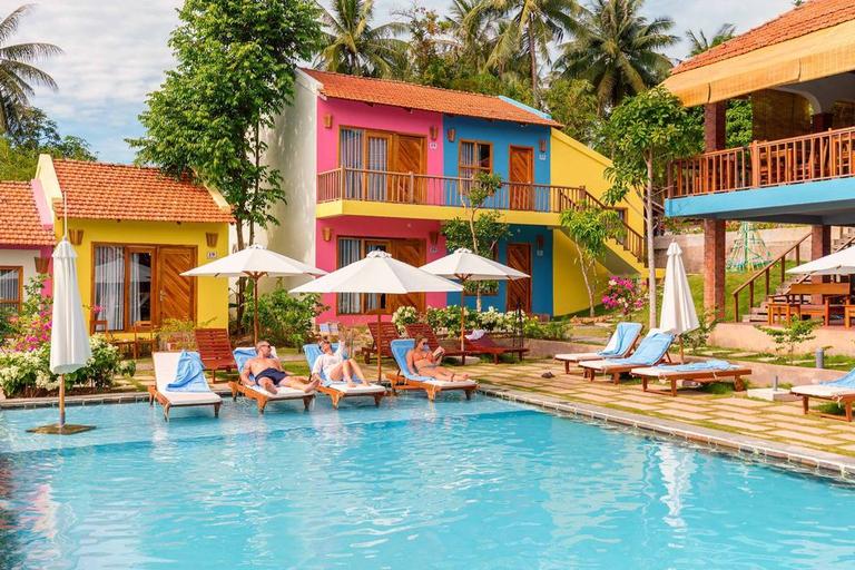 Hillside Village Resort Phú Quốc 3,5 * - ngay thị trấn Dương Đông