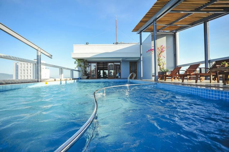 Seasing Boutique Hotel Nha Trang 4*- Miễn phí trang trí honeymoon