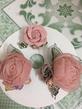 Cài áo hoa hồng dạ