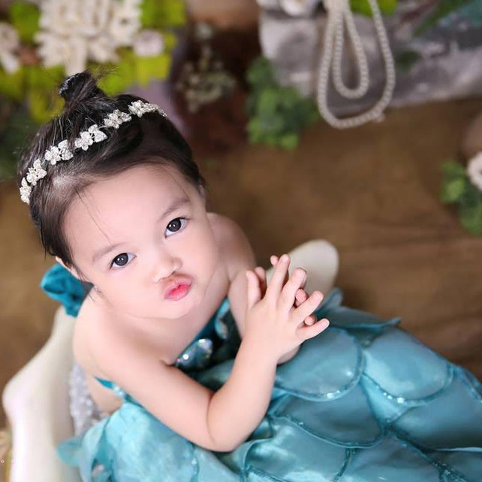 Ưu đãi chụp ảnh cho bé yêu \u0026 gia đình- Suri Studio - deal Đào tạo \u0026 Giải trí giảm 42% | Muachung.vn